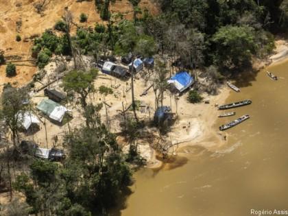 Indigenous land invasions in Brazil: SALSA statement  (8.01.19)